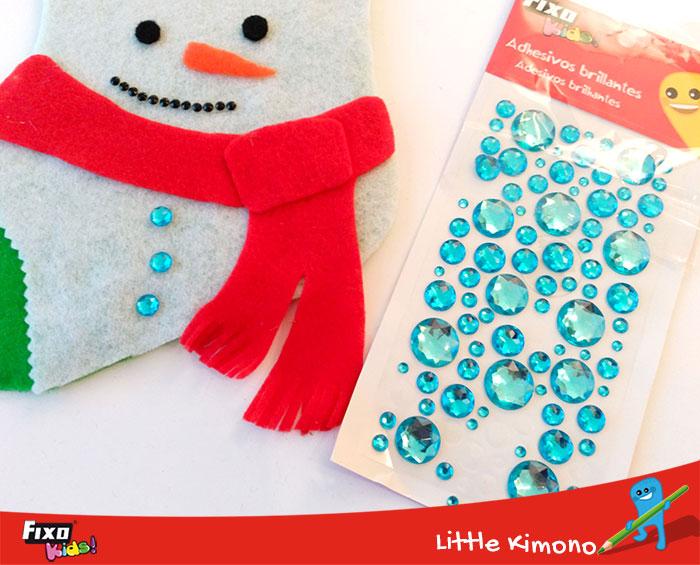 cómo usar adhesivos brillantes en manualidades para niños navideñas
