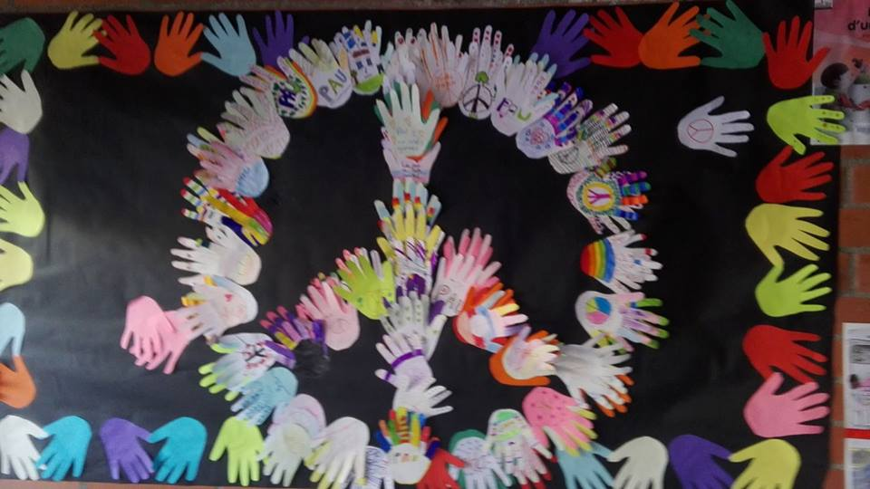 manualidad destacada concurso dia escolar paz