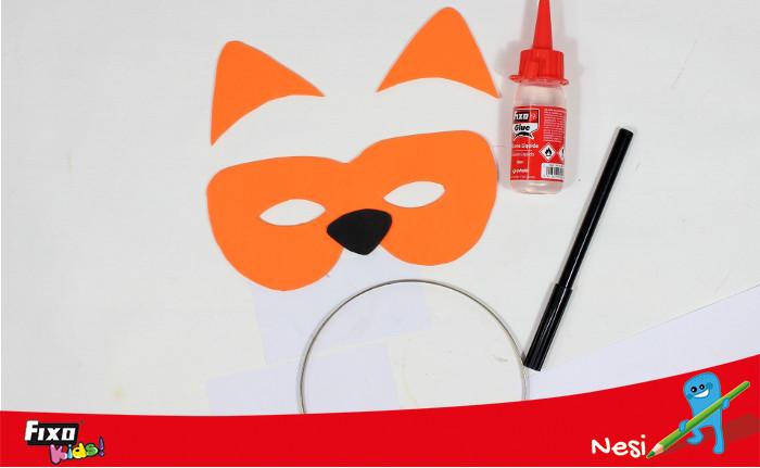 cómo hacer una máscara de tigre de goma eva