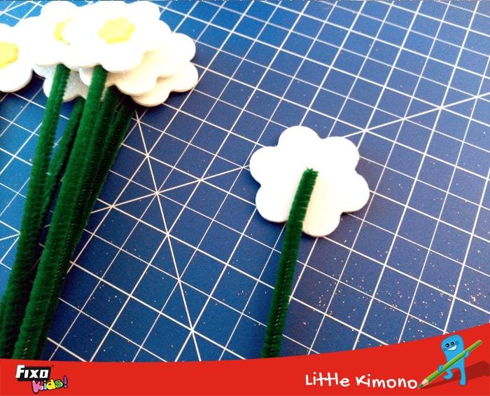 cómo usar limpiapipas para hacer flores
