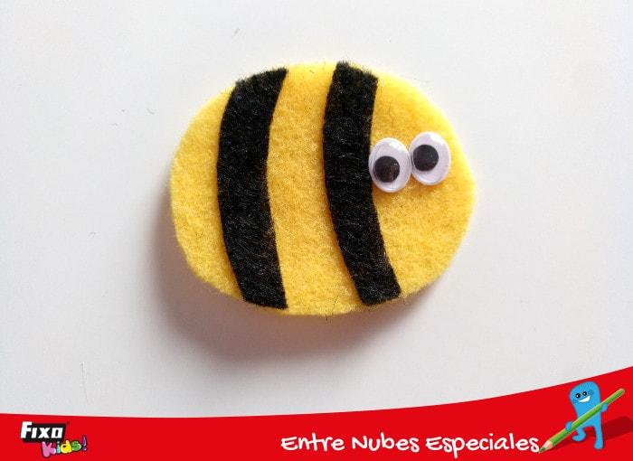 abeja fieltro forma ovalo