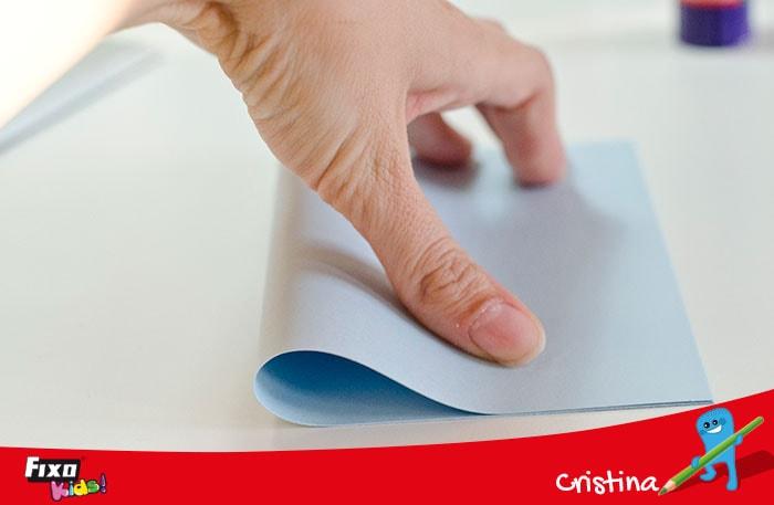 cómo hacer tarjetas con cartulinas de colores