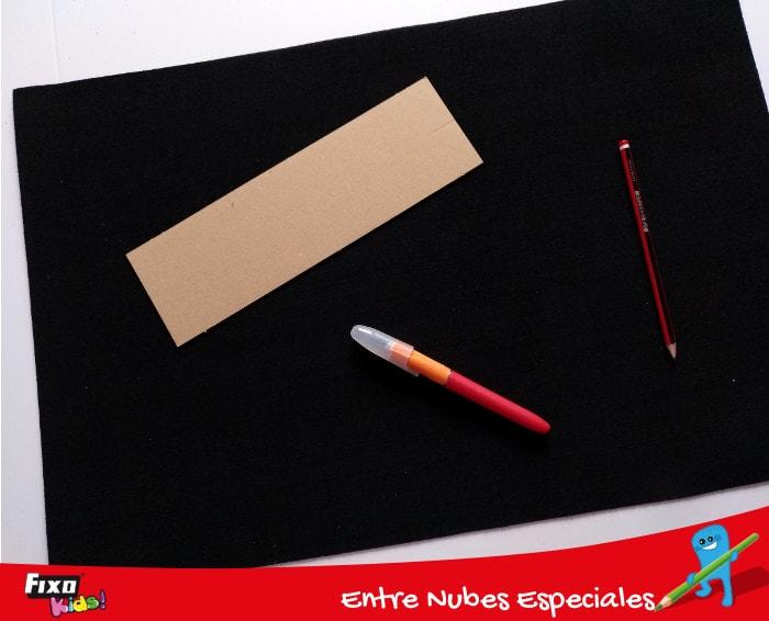 dibujar con lapiz sobre goma eva