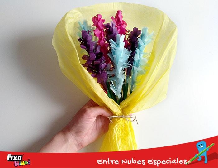 ramo de flores manualidad para niños