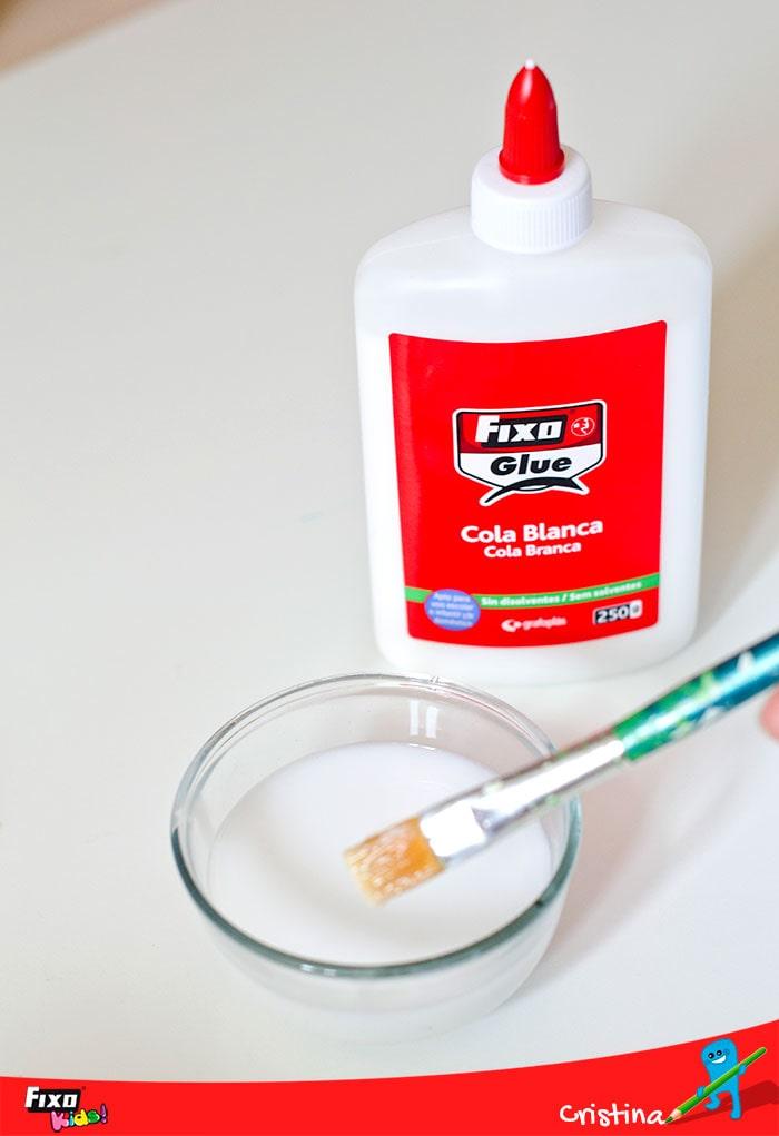 cómo crear pasta con cola blanca y papel de seda