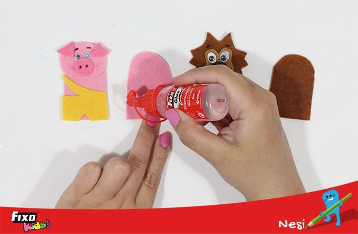 cómo hacer marionetas de dedo con fieltro