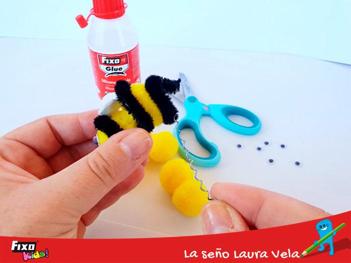 diy abejas con limpiapias