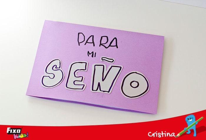 tarjeta día maestros con cartulinas
