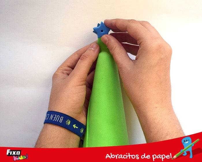 decorar con pegatinas goma eva estrella