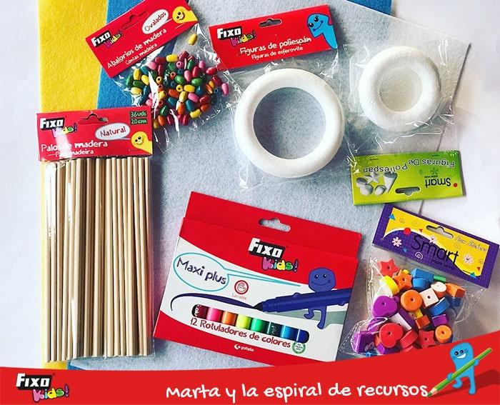 material de manualidades para hacer un movil infantil casero