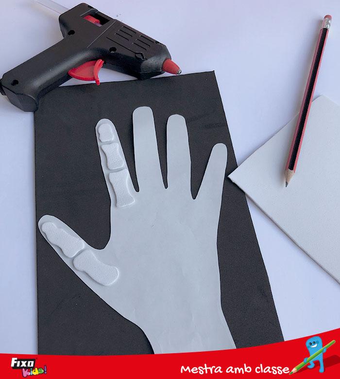 como aprender los nombres de los dedos jugando