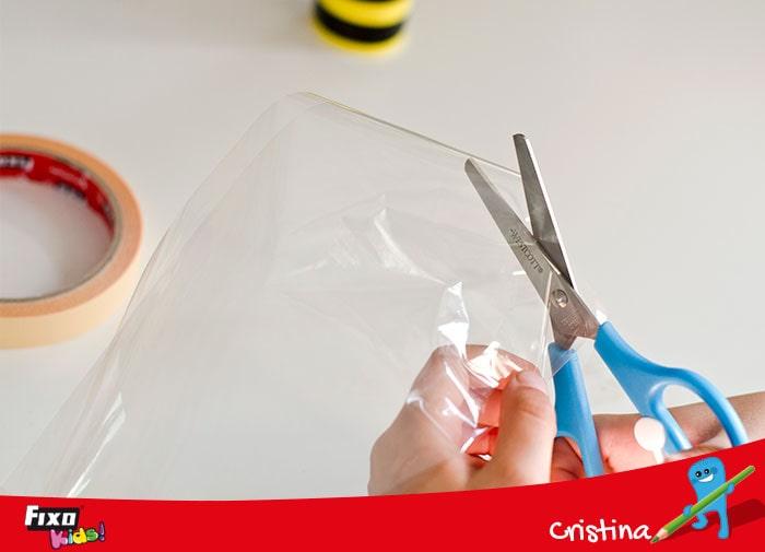 como hacer alas para abejas con papel celofan
